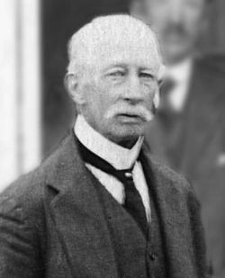 <h5>1912 – 1924</h5><p>D H Shilson</p>